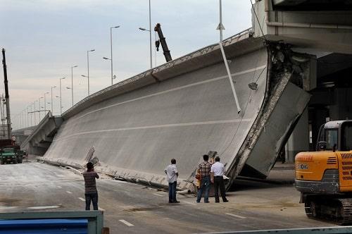 Poorly-Desined-Bridge